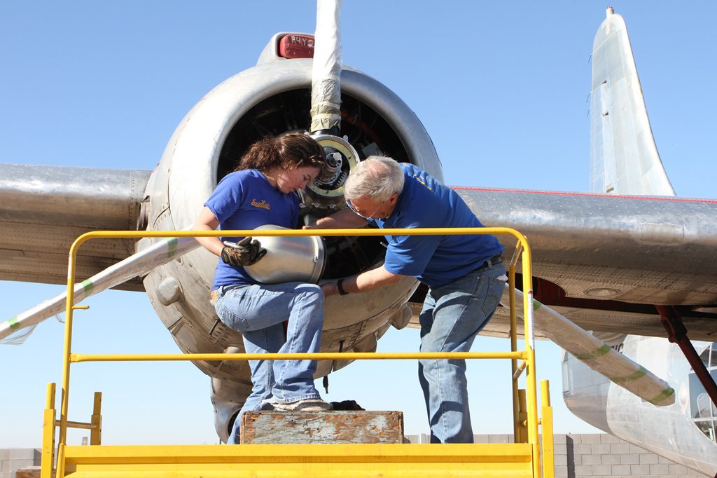 Installing the prop dome