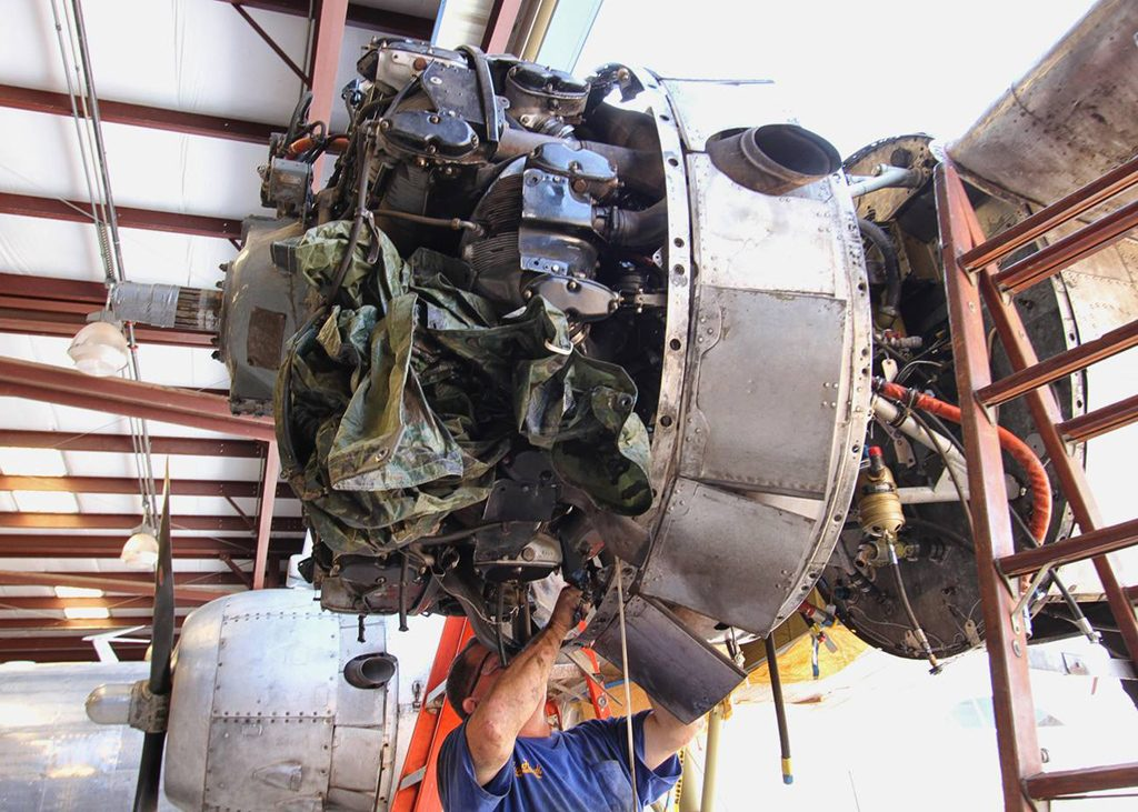 Getting the #1 engine ready for removal