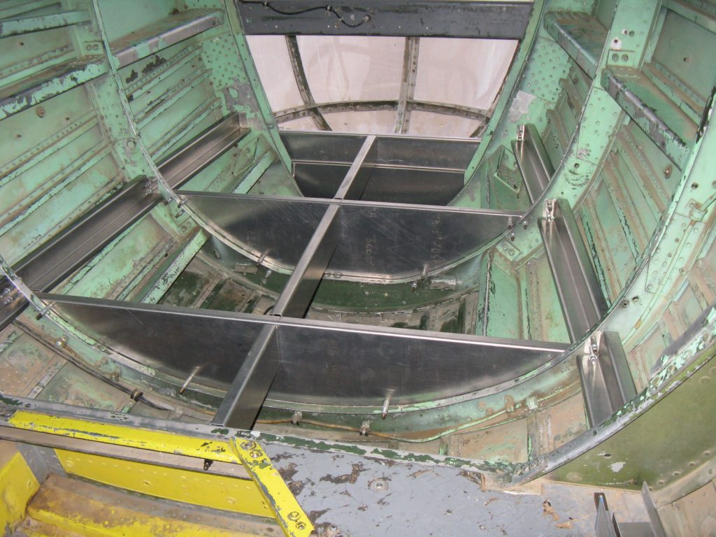 Fabricated nose floor structure