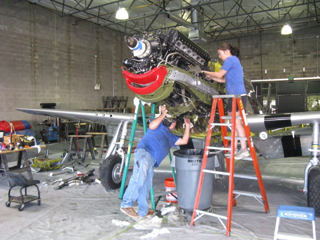 Removing engine components and engine on the North American P-51 Mustang