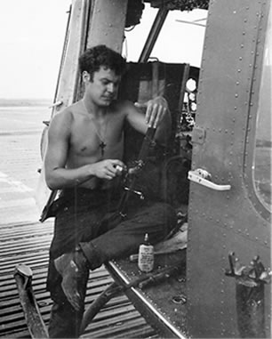 Dave Goss as crew chief in Vietnam