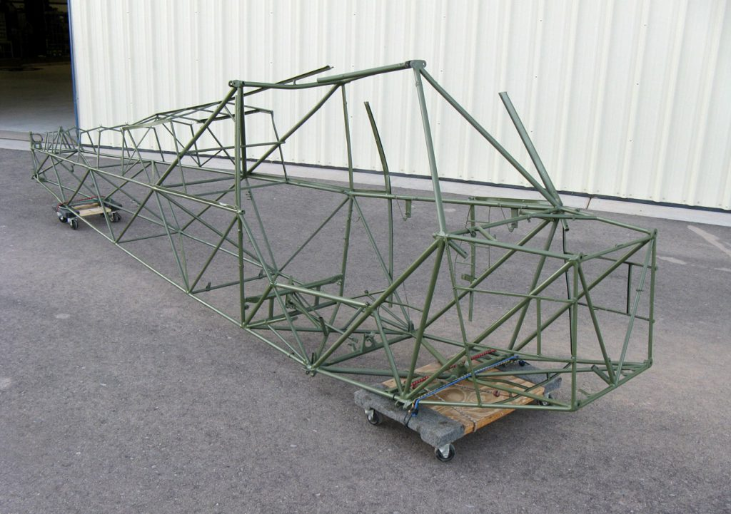 Piper L-4 frame, after paint