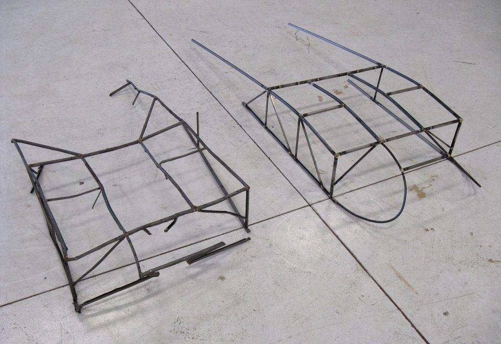 Bird cage of L-4 in fabrication process, original on left and fabrication on right