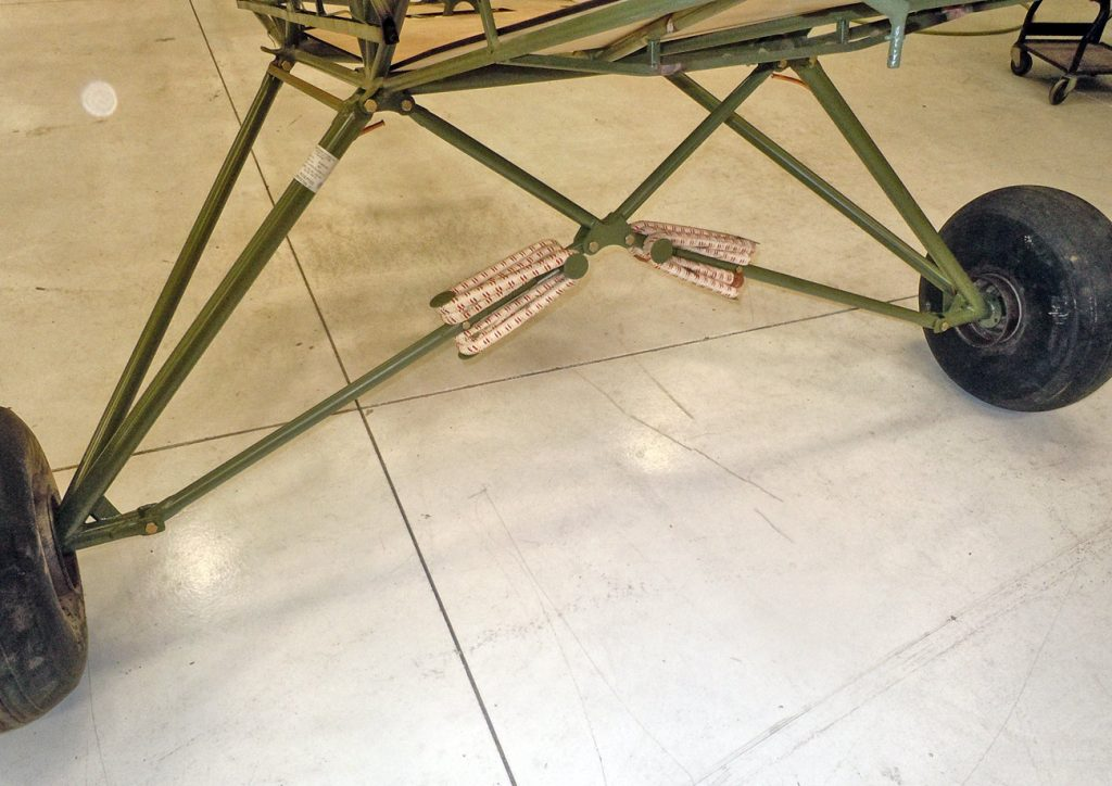 Landing gear with bungees, after restoration