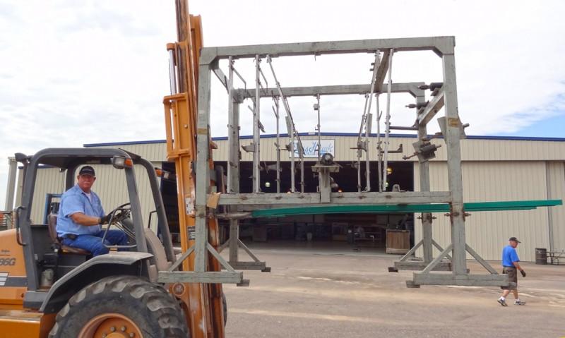 2 Unloading Focke-Wulf jig